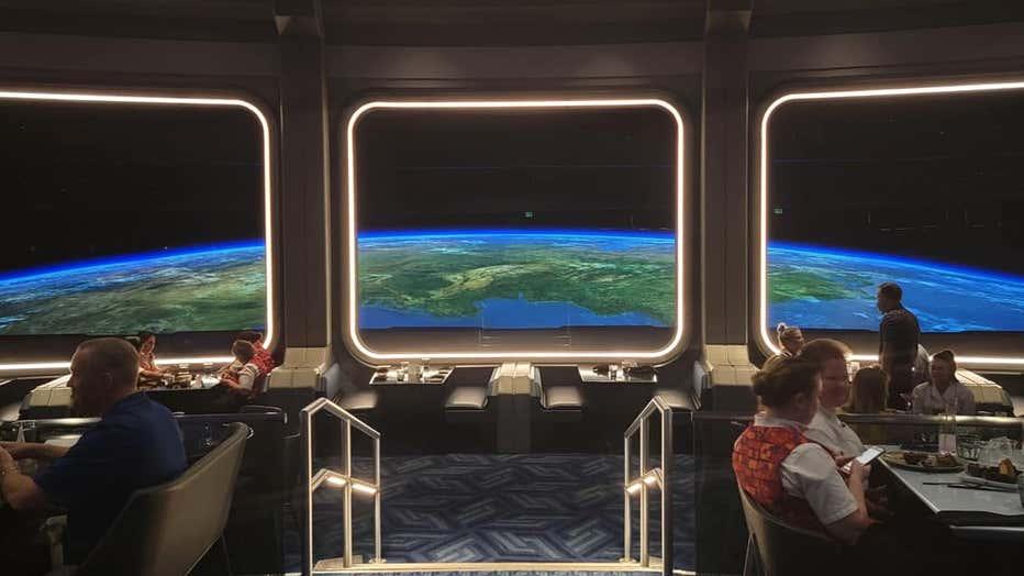 JEAN-YVES-ETIENNE-space-220-1.jpeg