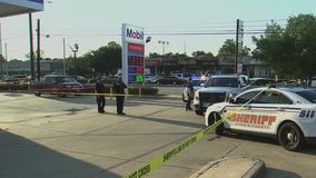 Man charged in connection to shooting outside gas station in north Harris Co.