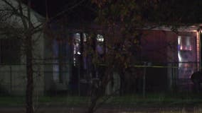 Man, woman fatally stabbed at home in north Houston