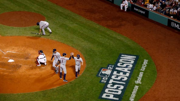 Astros look to clinch pennant with victory over Red Sox