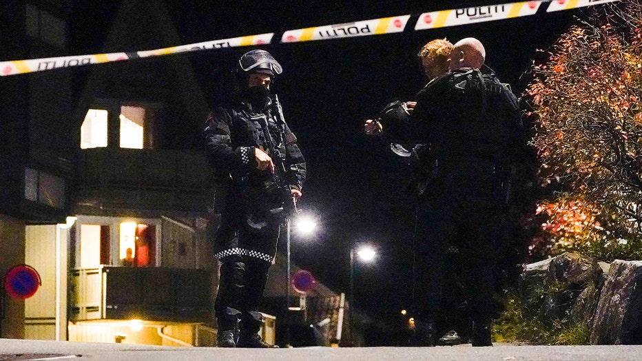 Getty_Norway_attack_cops.jpg