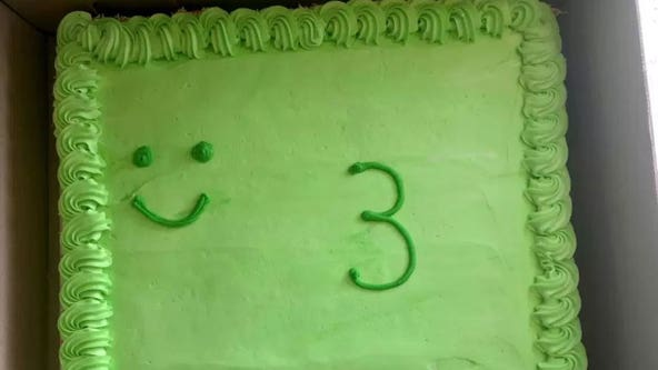 'Pathetic' frog birthday cake from supermarket leaves parents 'mortified': 'It was a disgrace'