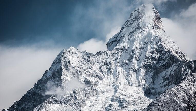 Mount Everest base camp trek route