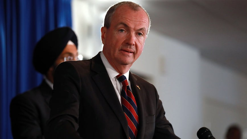Murphy unveils proposal on improving nursing home responses