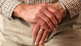 GOP, Dems unveil compromise to reduce drug costs for seniors