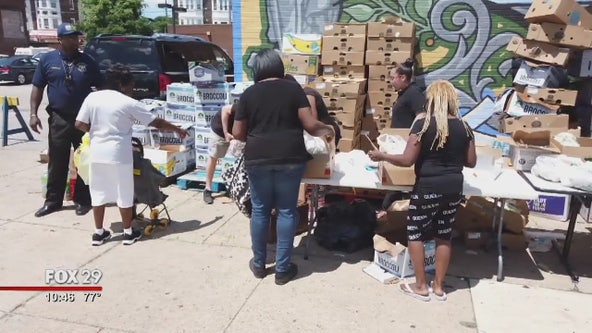 Philadelphia police officers give back to community in 35th District