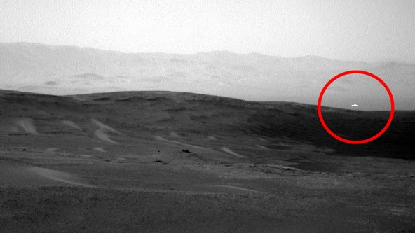 NASA's Curiosity rover captures image of mysterious white light on Mars