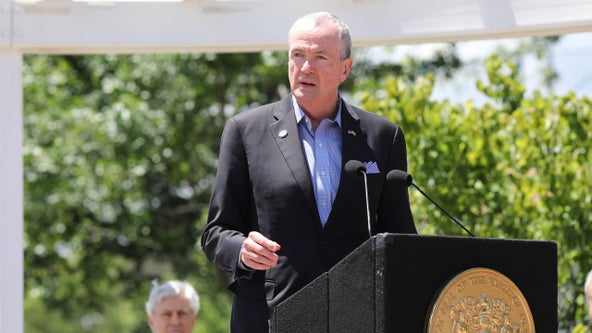 Murphy: 'All options on table' on lawmakers' $38.7B budget