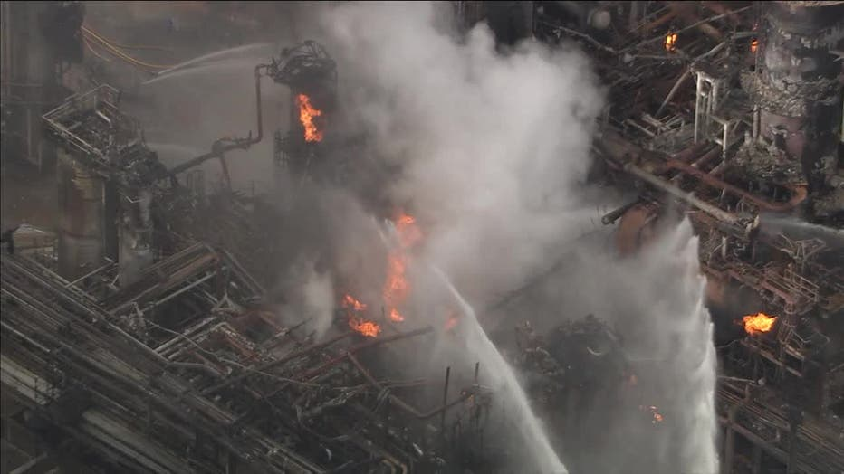 South Philadelphia oil refinery fire