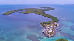 Want your own private oasis? 3 islands up for sale off the coast of Belize for less than $530K