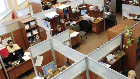 Ignoring your co-workers can help you avoid being tired, study reveals