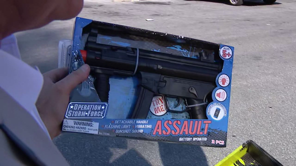 Parents outraged over realistic-looking toy guns at Dollar General