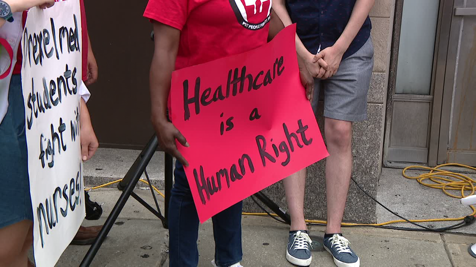 People protesting the closure of Hahnemann University Hospital.