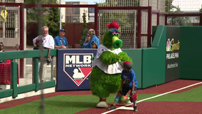 Citizens Bank Park hosts one-of-a-kind Wiffle Ball Tournament for kids with Phillie Phanatic