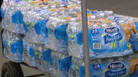 Newark hands out bottled water as lead levels test high