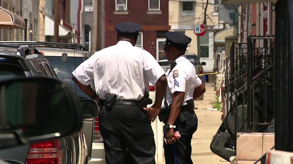 Officers at North Gratz Street shooting
