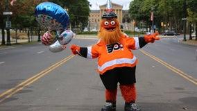 Gritty celebrates 1st birthday with parade through Philadelphia