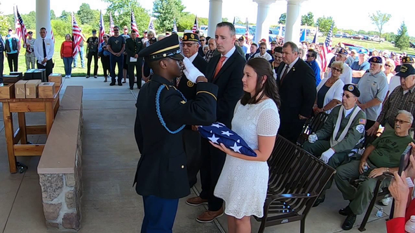 Dozens attend funeral for veterans with no known family