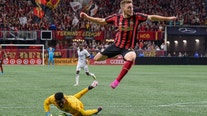 Gressel, Josef Martinez push Atlanta United past Union, 2-0