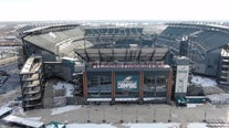 Court tosses award to Cowboys' fan jumped in Eagles' stadium