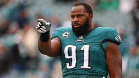 Police: Eagles' Fletcher Cox armed himself with shotgun during attempted burglary