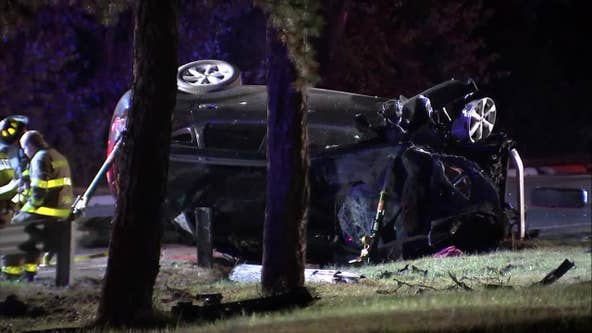 Police: Overturned vehicle in Atlantic County critically injures 2
