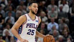Simmons suffers shoulder injury as Sixers fall to Jazz 106-104