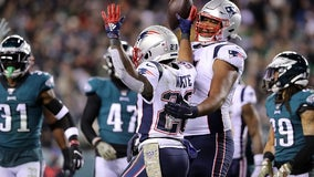 Julian Edelman's TD pass leads Patriots over Eagles 17-10