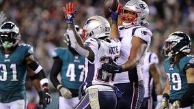 Julian Edelman's TD pass leads Patriots over Eagles 17-10