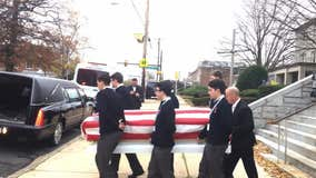 Dozens of people attend funeral for Air Force veteran with no family