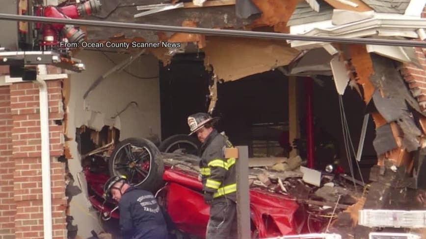 2 dead after Porsche crashes into Toms River building