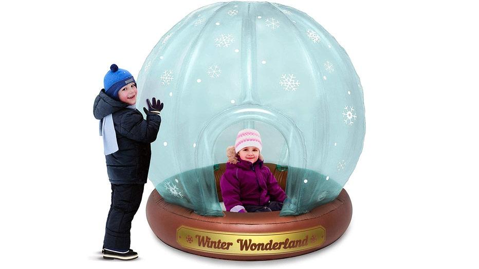 snow-globe-2.jpg
