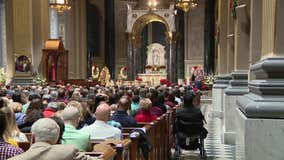 Philadelphia Christians celebrate Christmas Eve mass