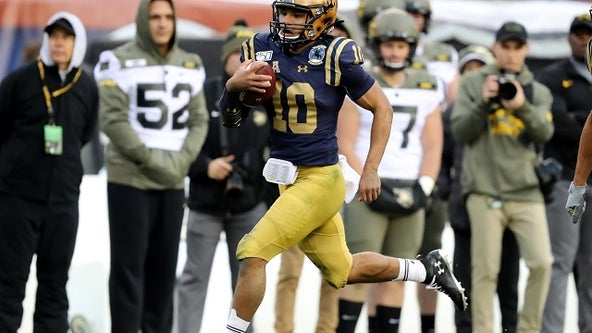Malcolm Perry rushes for 304 yards, leads No. 21 Navy past Army