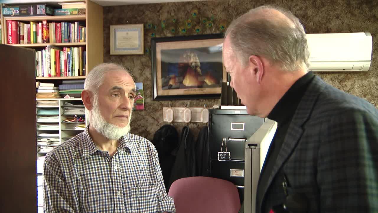 Prosecutors: Berks County accountant swindled investors ...