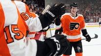 Van Riemsdyk, Hart lead Flyers past Panthers 4-1
