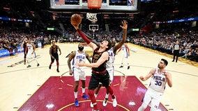 Joel Embiid sprains shoulder, Sixers lose to Cavs 108-94