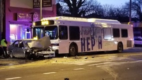 3 injured after crash involving SEPTA bus in West Oak Lane