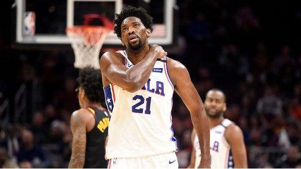 Sixers' star Embiid sprains shoulder against Cavaliers
