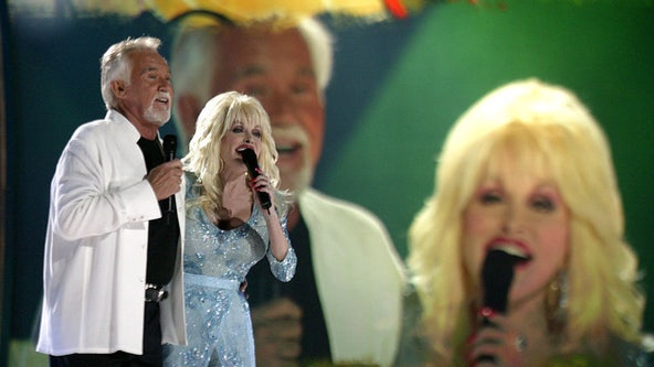 Dolly Parton: 'My heart's broken' at Kenny Roger's death