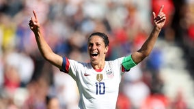 Carli Lloyd tells Yahoo Sports she is 'not ruling out' kicking in NFL