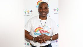 Former 'Reading Rainbow' host LeVar Burton is reading to COVID-19 quarantined people live on Twitter