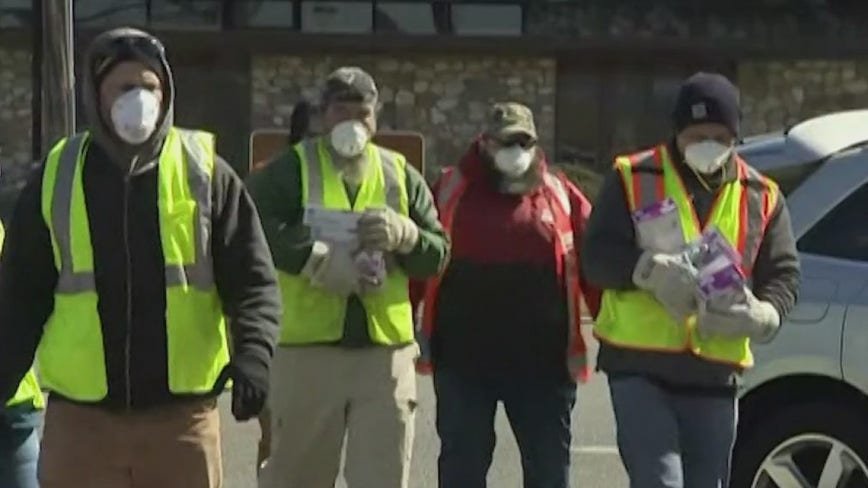 Pennsylvania residents told to wear masks in public