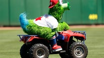 Muzzle Mr. Met? Mascots wonder why they're banned from MLB