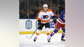 Oh, baby! Flyers' van Riemsdyk has full house with new girl