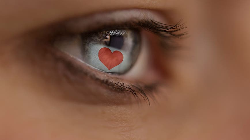 Dating over Zoom? Don't be surprised if those online sparks fizzle in person