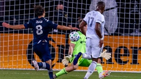Union jump to early lead, oust Sporting KC 3-1