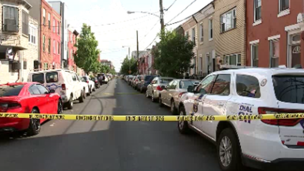 Police: Man shot and killed in Point Breeze double shooting