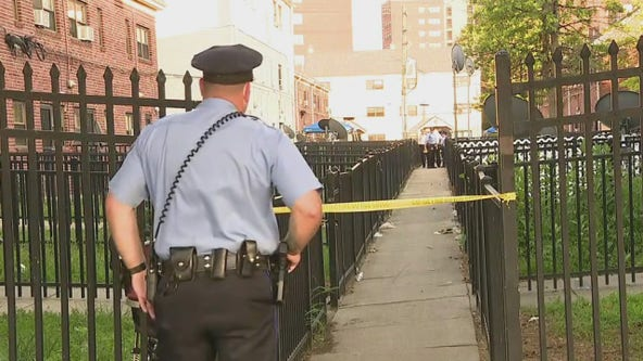 Police: 2 women, man wounded in South Philly shooting