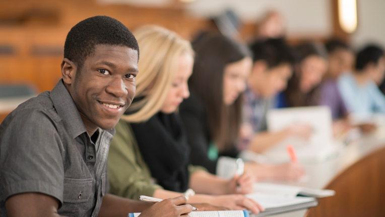 Credible-student-loan-tips-iStock-508252188.jpg